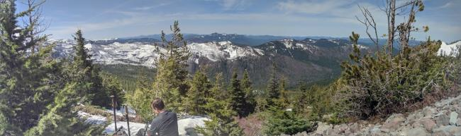 South-facing panorama from the ridge south of Dinah-Mo sees Triangulation Peak