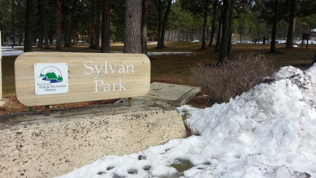 Sylvan Park entrance sign