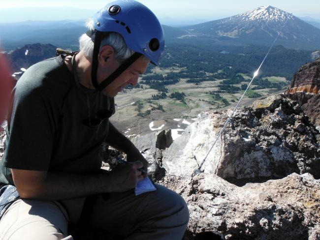 K7ATN works 20m from the summit