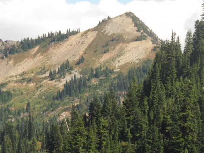 Telephoto of Tahtlum Peak from TH just below Chinook Pass