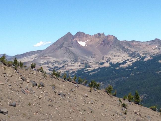 View of brokentop while ascending Mt Bachelor