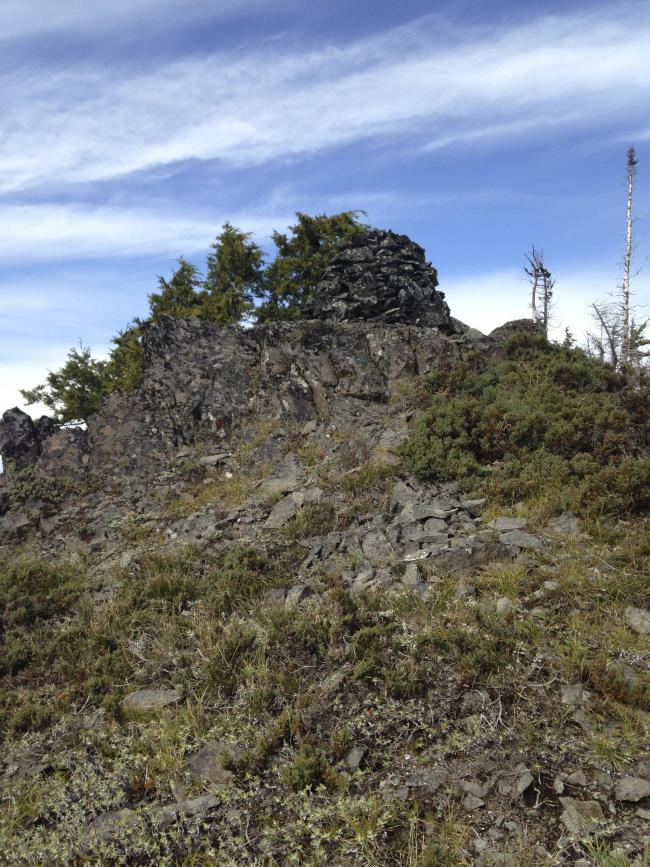 View of Schreiner summit and cairn