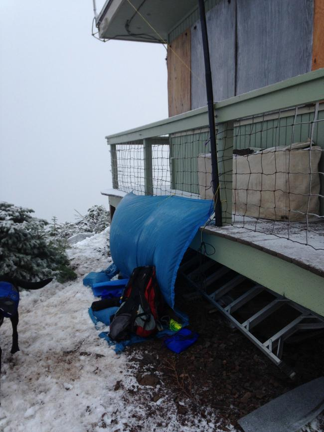 Coffin Mountain QTH, nice and cozy...NOT!