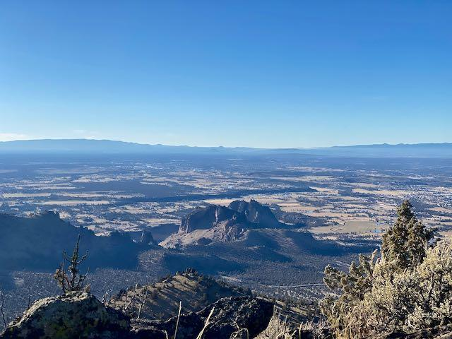 View looking south from summit at Smith Rock SP